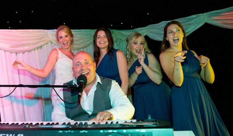 PianoJam with bride at heaton house farm wedding
